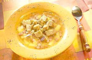 0339 - Česneková polévka se salámem