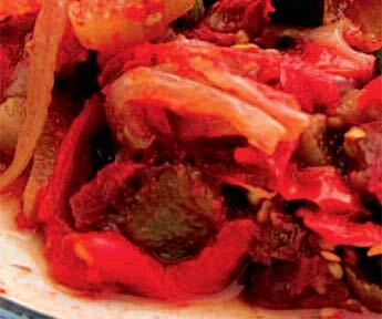Paprikový salát s uzeninou