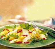 Tříbarevný bramborový salát
