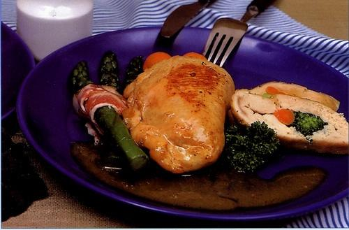 Plněná kuřecí prsíčka brokolicí a Baby mrkvičkou