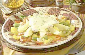 Krůtí řízek zapečený se sýrem na paprikách, brambory