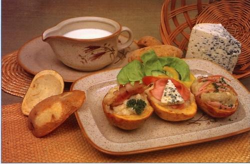 Plněné brambory - pečené