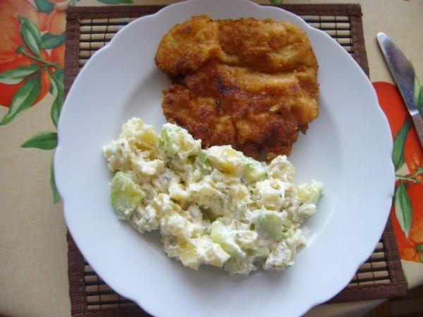 Berlínský bramborový salát