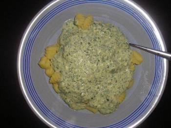 15-20-ti minutové Těstoviny / noky se sýrovo-špenátovou omáčkou