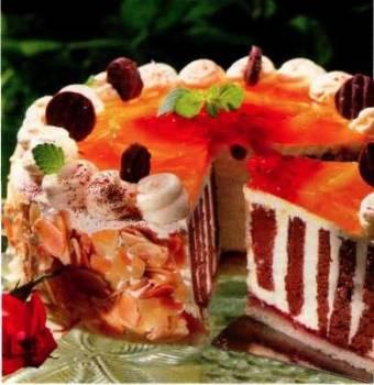 Pruhovaný dort s ovocem a Čokoládou