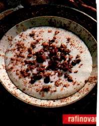 Vanilkový krem s ořechovým krokantem