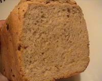 66.chléb pivní se salámem od Zindule